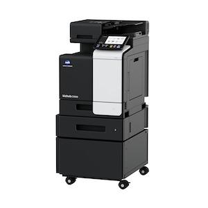Multifuncional láser a color marca Konica Minolta modelo bizhub C3320i con velocidad de impresión 35 ppm; copiado 35 cpm;